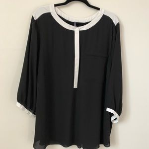 NYDJ Black and White Top